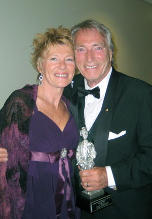 Carole and Frank Ifield - photo by Bob Howe